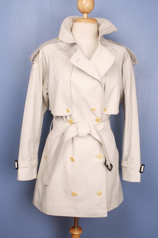 Cream BURBERRY Short TRENCH Coat Front
