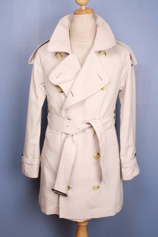 Burberry short trench coat cream front