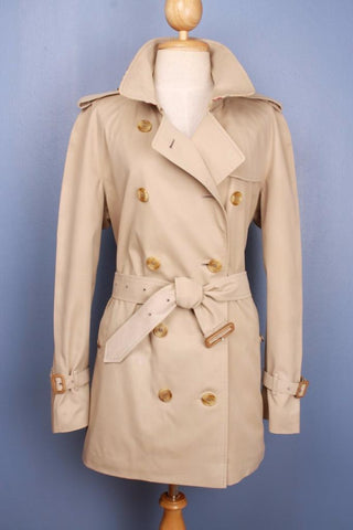 Womens BURBERRY Bespoke Short TRENCH Coat front