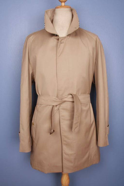 Front Burberry short trench coat