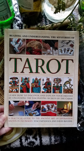 Reading and Understanding the Mysteries of the Tarot