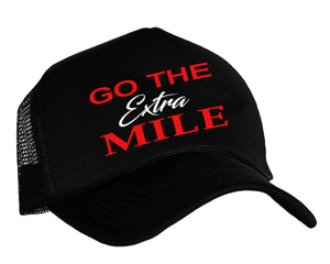 Go The Extra Mile, Runners snapback cap in black, white and red