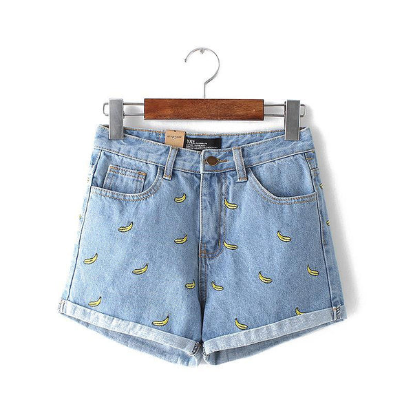 Shorts with bananas