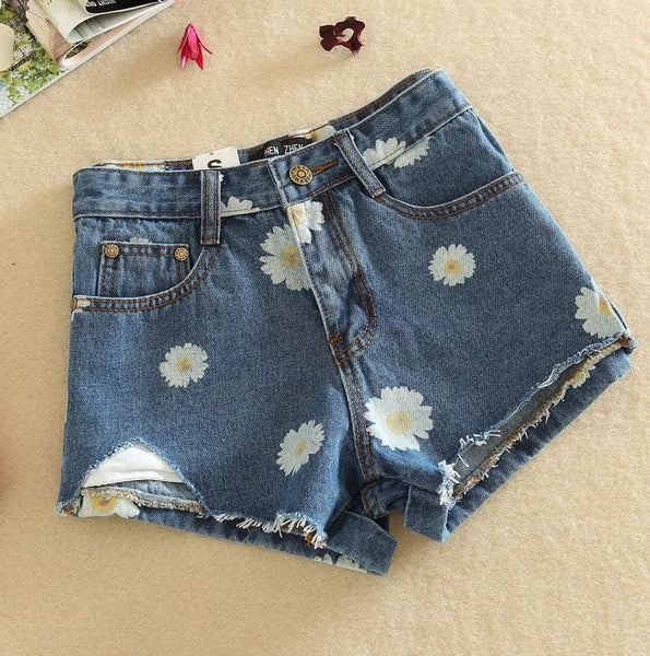 Shorts with flowers