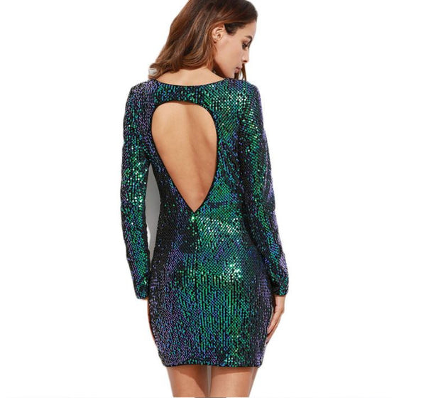 Dress with long sleeves in sequins