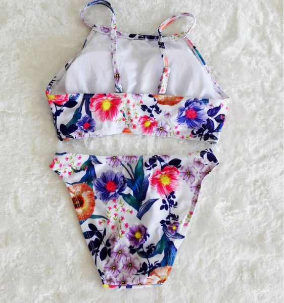 Swimsuit with flowers
