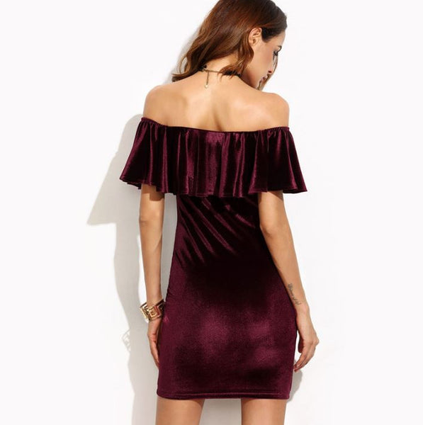 Velvet dress with open shoulders