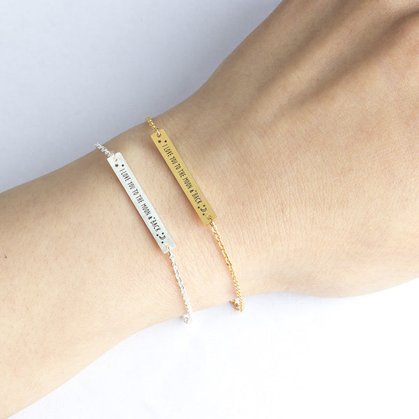 "Bracelet ""I love you to the moon and back"""