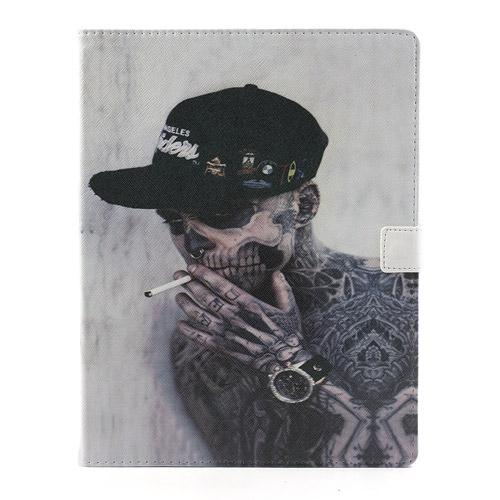 iPad 2/3/4 hoesje - Smoking Skull - PhoneJunkie