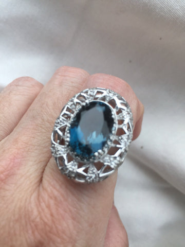 Vintage geniune London blue topaz 925 sterling silver Ring