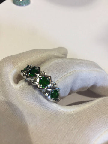 Vintage Handmade green Chrome Diopside  Filigree setting Sterling Silver gothic Ring