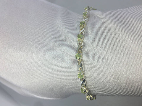 Vintage Handmade Genuine Peridot Rhodium Finished 925 Sterling Silver Tennis Bracelet