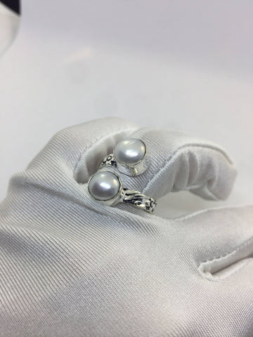 Antique White pearl fillgree white bronze  silver adjustable ring