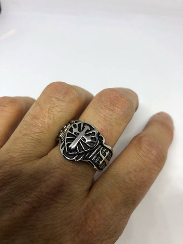 Start Your Holiday Shopping!!! Vintage 1980's Gothic Cross Men's Ring