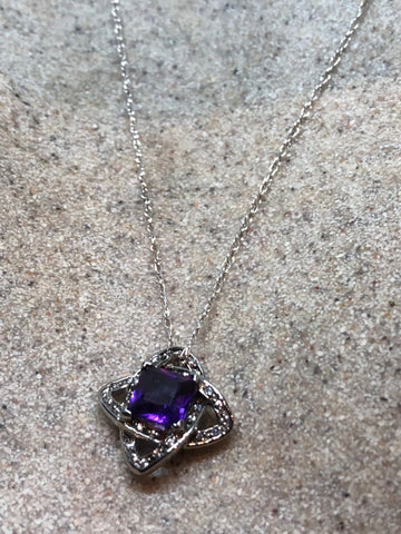 Vintage Handmade 925 Sterling Silver Purple  Amethyst Pendant necklace