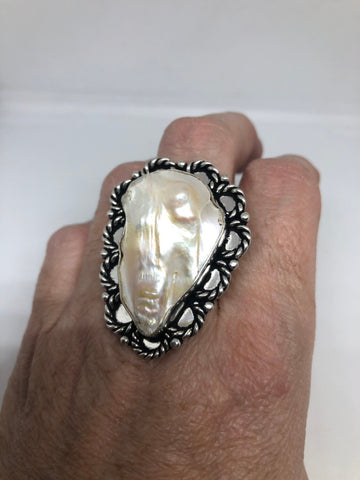 Antique White Genuine pearl fillgree silver ring