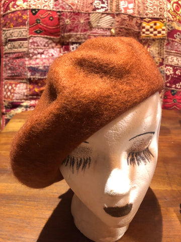 Vintage pumkin orange wool felt 10 in beret hat