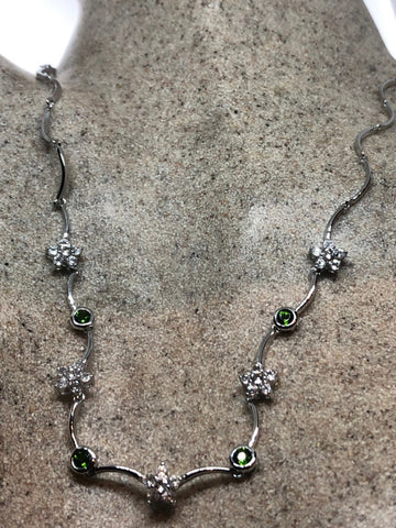 Vintage Handmade 925 Sterling Silver Chrome Diopside and peridot Flower necklace