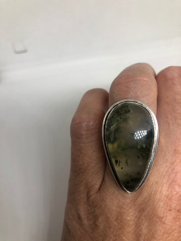 Vintage Green Moss Agate Silver ring about an inch long knuckle ring