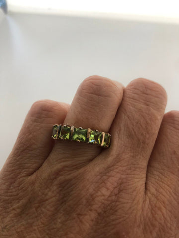 Vintage Handmade Genuine Green Peridot 925 Sterling Silver Ring SIze 6.5