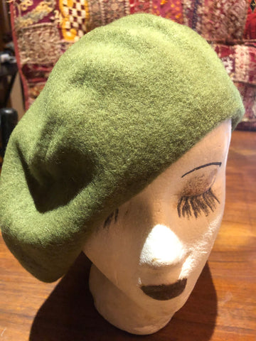 Vintage Moss Green wool felt 11 in beret hat