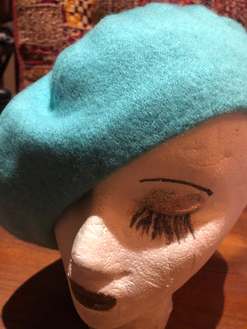 Vintage Turquoise Blue wool felt 11 in beret hat