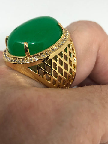 Vintage Lucky Green Nephrite Jade Golden ring