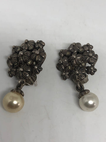 Antique vintage Pearl 925 sterling silver clip on button earrings
