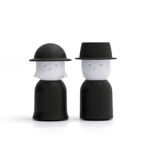 Mr. & Mrs. Salt & Pepper Shaker Set (Black)