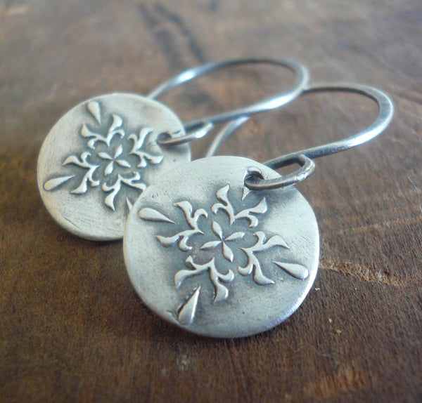 Medallion Earrings Medium Style II - Handmade. Oxidized fine and sterling silver