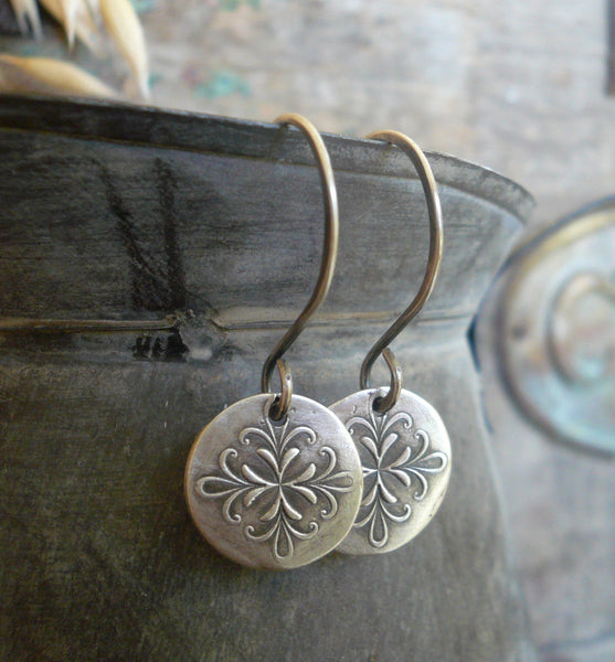 Medallion Earrings Medium Style I - Handmade. Oxidized fine and sterling silver