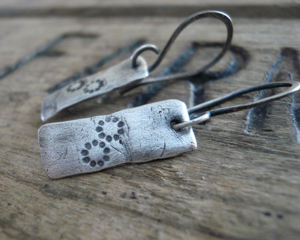 Daisy Earrings - Handmade. Oxidized fine and sterling silver. Summer Fields Collection