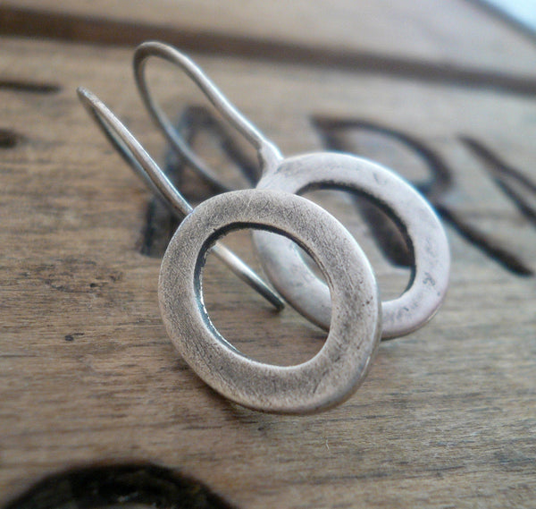 Modesty Earrings. Oval - Handmade. Oxidized fine recycled silver