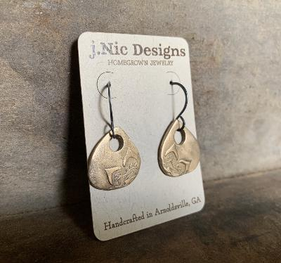 Indah Earrings - Handmade. Bronze and Oxidized sterling silver dangle earrings. Mixed Metal