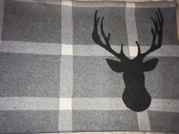 Reindeer Motif Throw