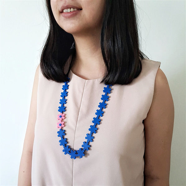 Garland Electric Blue Necklace