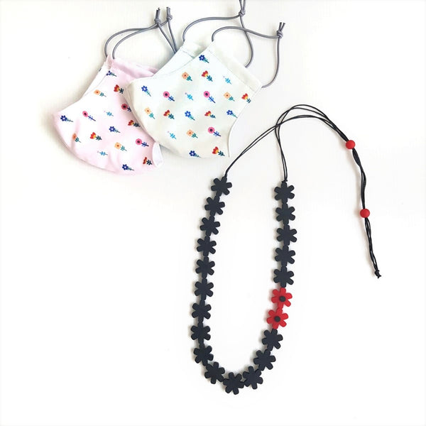 Flower Mask - Garland Black Necklace