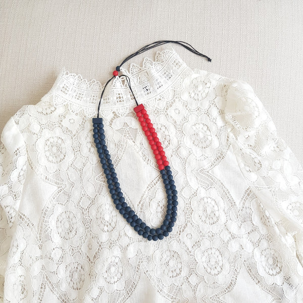 Cellio Red Blue Necklace