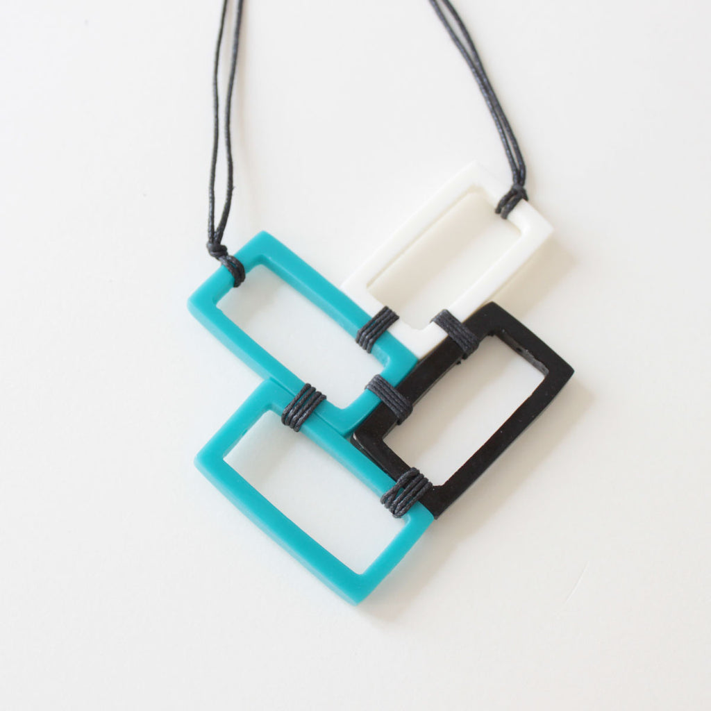 Carly Resin Necklace
