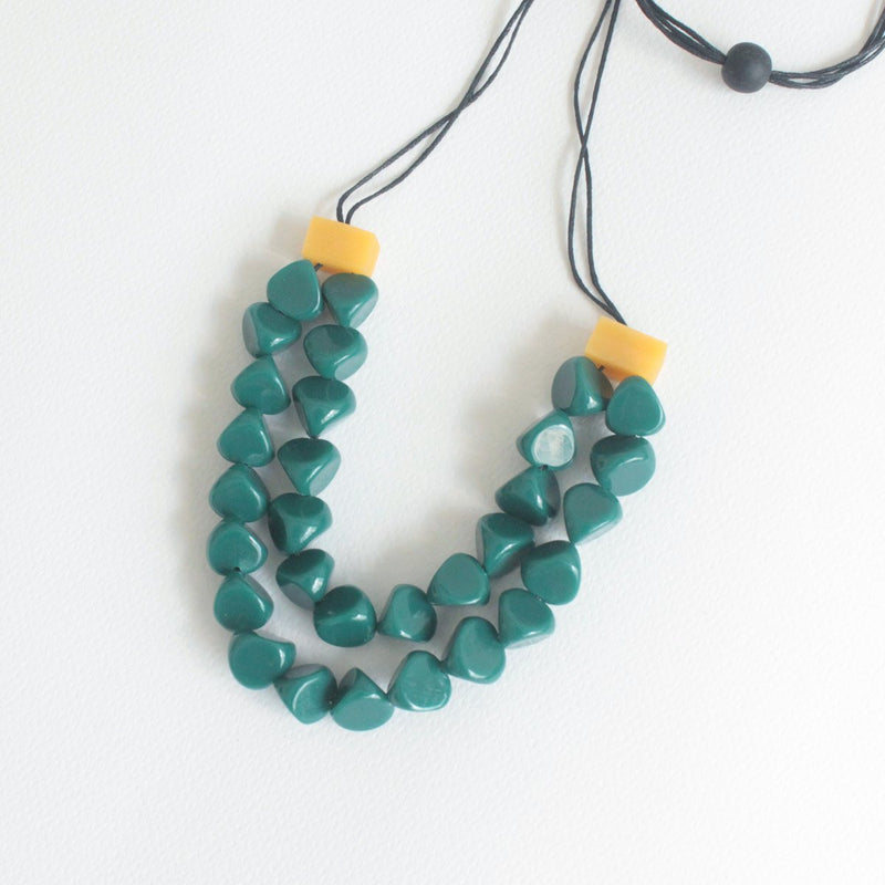 Dira Emerald Necklace