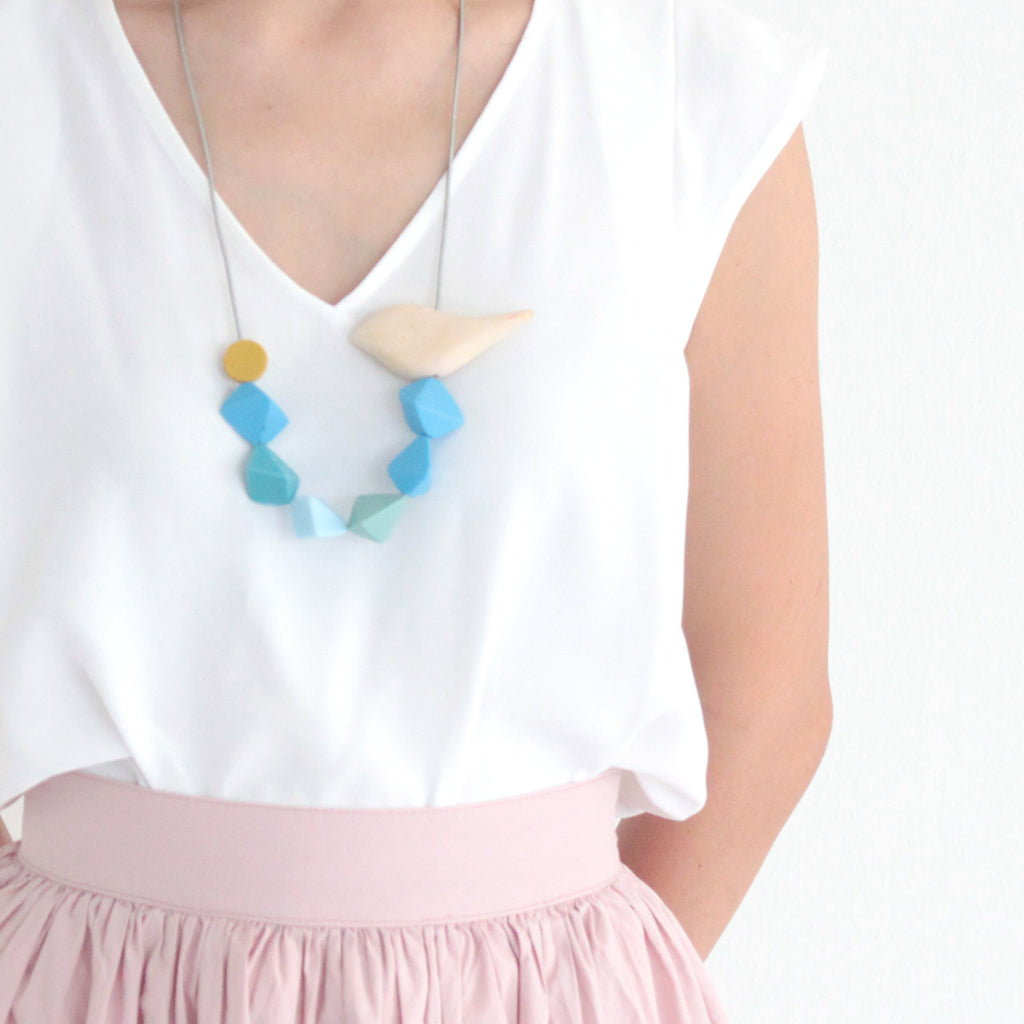 Ernie Birdie Blue Necklace