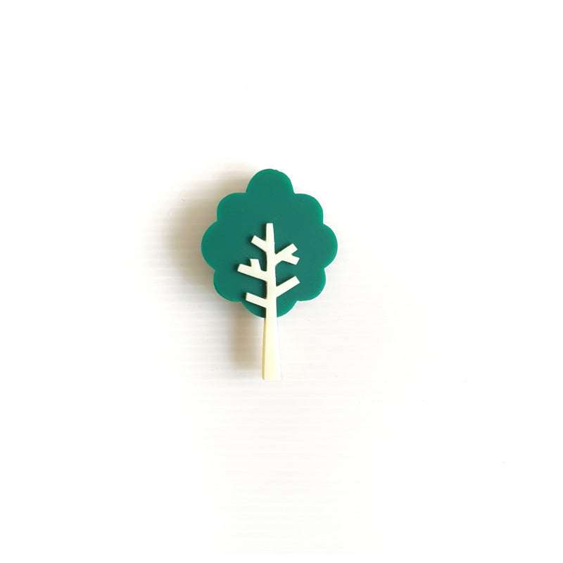 Mahogany Tree Green Brooch