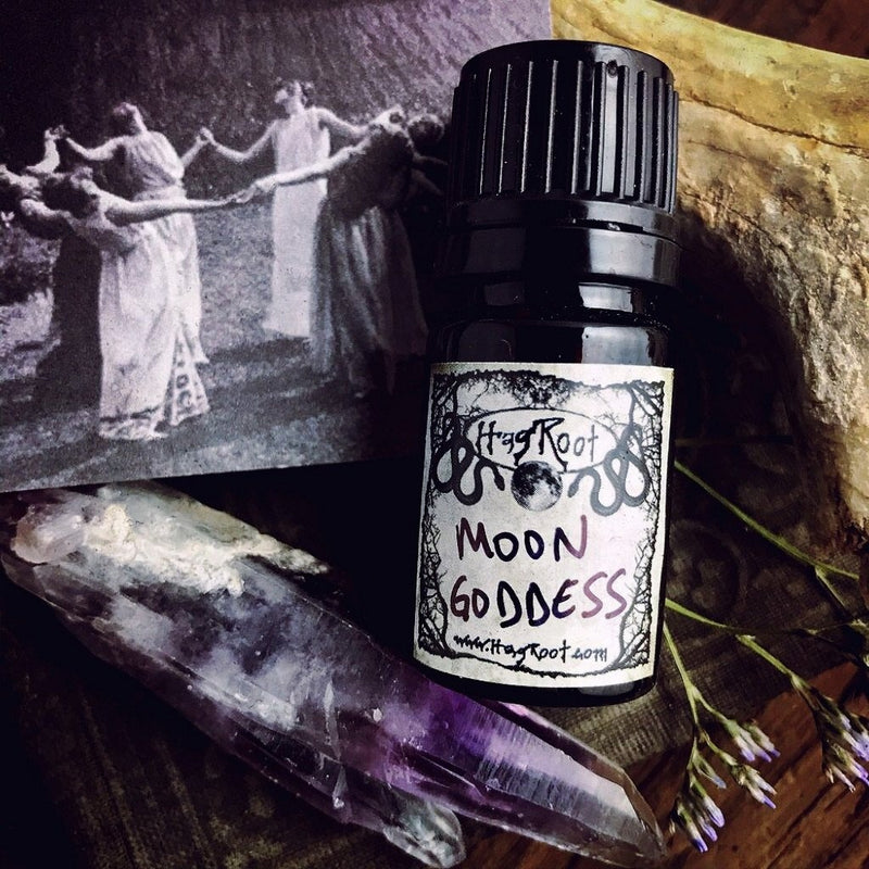 MOON GODDESS-(Moonflowers, White Musk, Fennel, Vetiver, Vanilla Bean, Spanish Moss)-Perfume, Cologne, Anointing, Ritual Oil