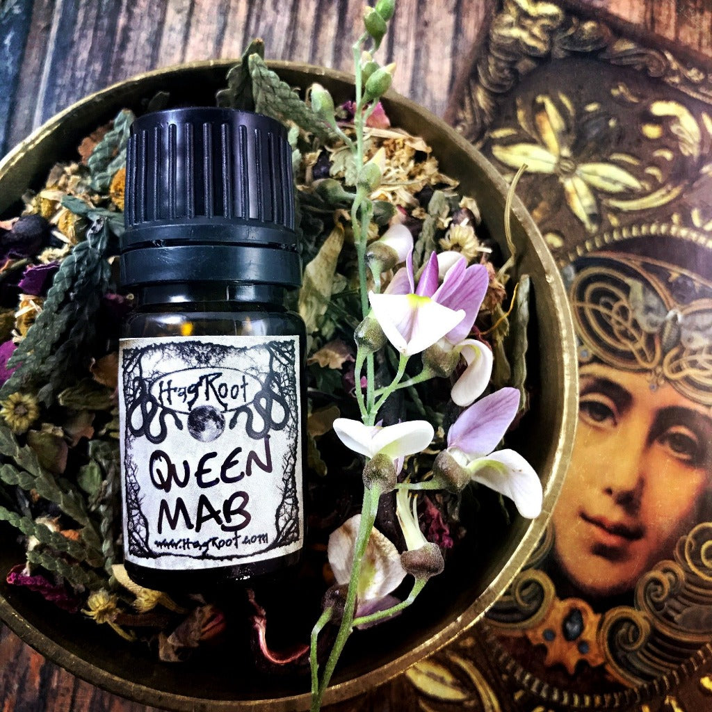 QUEEN MAB-(Honey, Vanilla, Honeysuckle, Gardenia, Cinnamon, Cardamom)