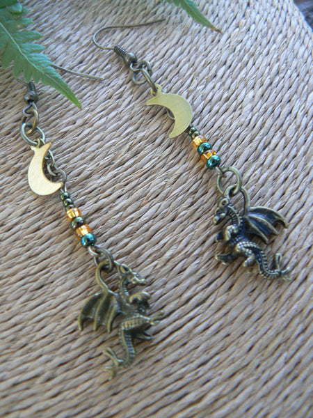 green dragon earrings, fantasy earrings, cosplay earrings