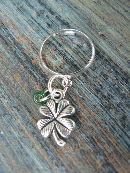 lucky 4 leaf clover shamrock ring 4 leaf clover  shamrock charm green bead  in hipster boho gypsy hippie and fantasy style