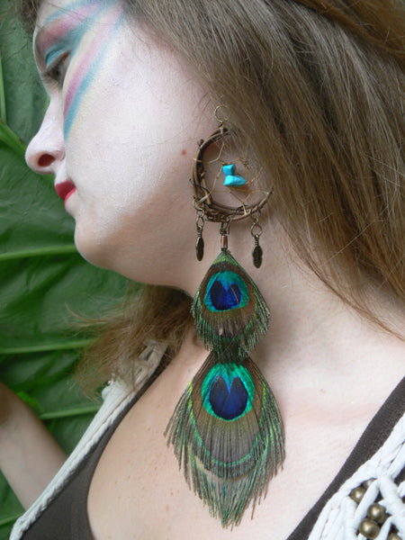 Dreamcatcher Peacock Earring,ONE dangle peacock feather, dreamcatcher earring turquoise  peacock