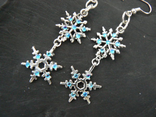 frozen earrings snowflake earrings Frozen winter Christmas fantasy
