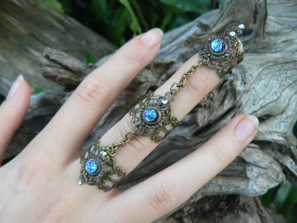 triple knuckle ring blue harlequin nail ring nail claw nail tip armor ring vampire goth victorian moon goddess pagan witch boho gypsy style