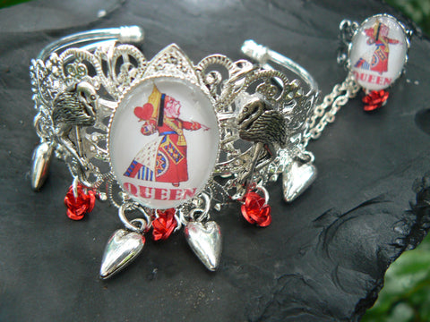 Queen of hearts slave bracelet alice cuff fantasy cosplay